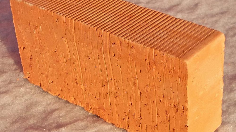 Полнотелый керамический кирпич