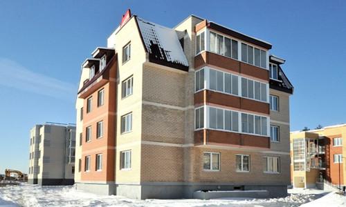 Трёхэтажный монолитно-кирпичный жилой дом
