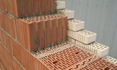 Строительство из поризованного кирпича