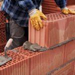 Использование пустотелого кирпича в строительстве