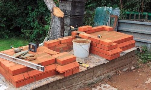 Строительство мангала из кирпича